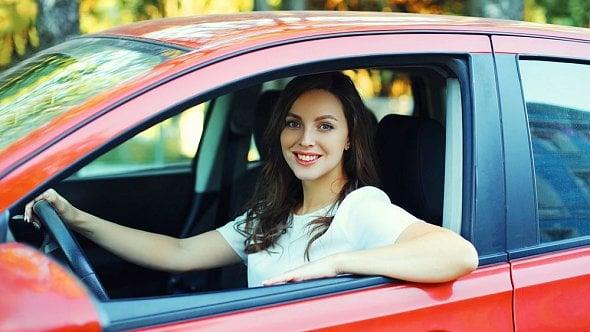 Pozor, máte poslední dny na úhradu další ze záloh daně silniční