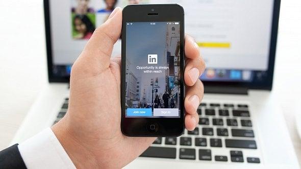 Využijte LinkedIn khledání nových zaměstnanců. Je to snadné