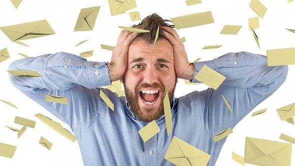 Pozor na podvodné e-maily, které se tváří, že jsou od finanční správy