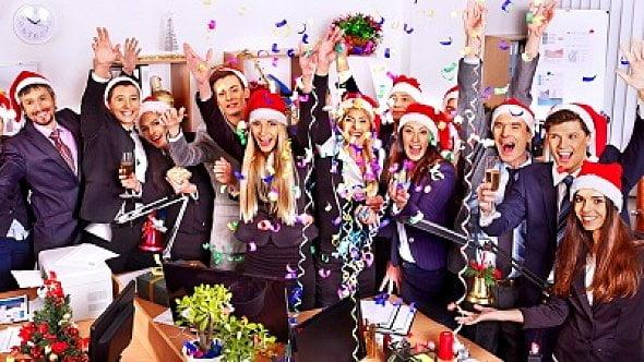 Zraníte se na vánočním firemním večírku. Jak je to sodškodněním?