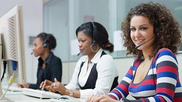 Sociální sítě, telefon nebo chatbot. Jakou zákaznickou péči vybrat?
