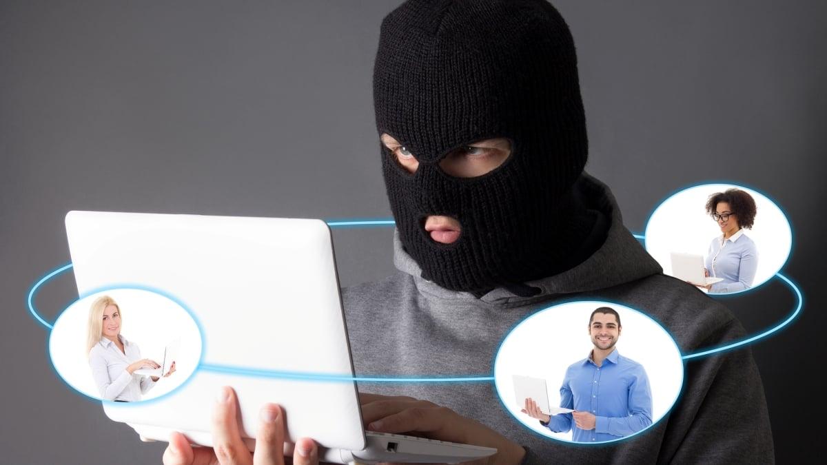 Opět chodí podvodné e-maily, které jménem finančního úřadu lákají zlidí peníze
