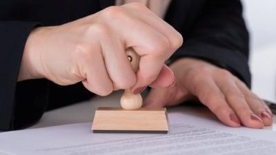 Novela daňového řádu, která přináší online finančák, míří do závěrečného čtení