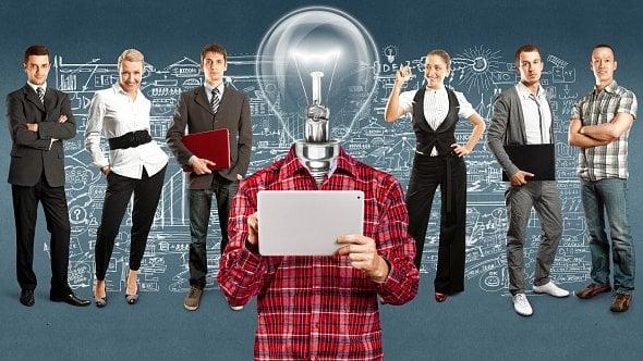 Zautora sci-fi je byznys guru. Firmám se scientologickými kořeny se vČR daří