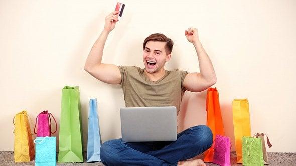E-shopům se daří: Loni se online prodalo zboží za 155miliard korun