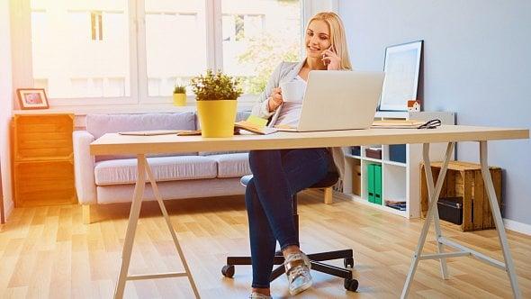 Kdy máte nárok na home office– práci zdomova? Ptejte se vnové poradně