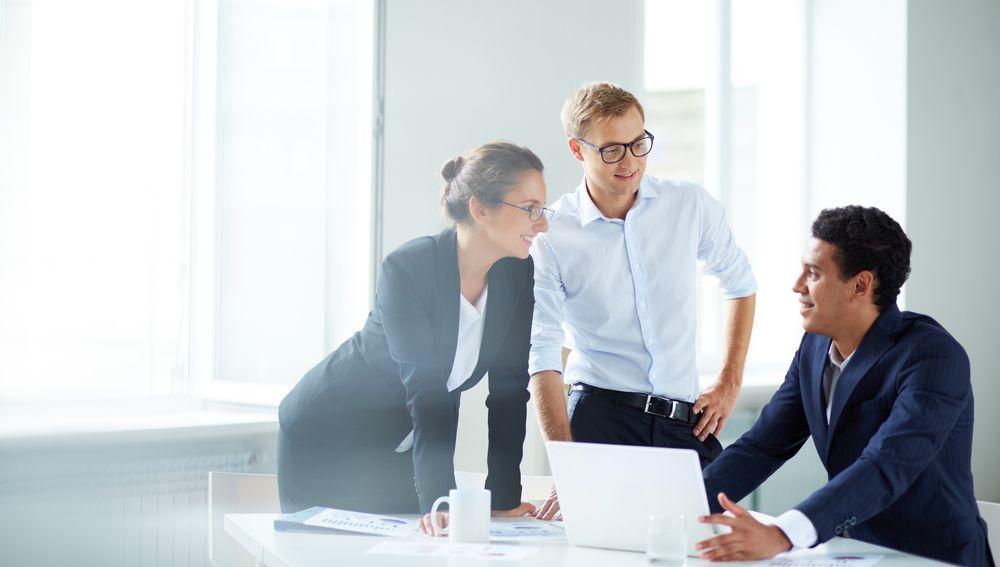 Advokáti spojili síly a nabídnou bezplatnou pomoc podnikatelům a firmám