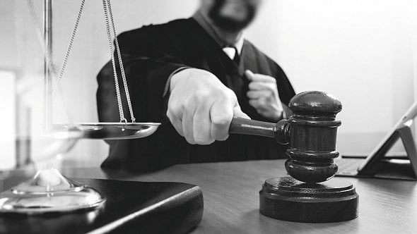 Podnikatelé mají být chráněni před insolvencí. Pomoci má tzv. lex covid justice