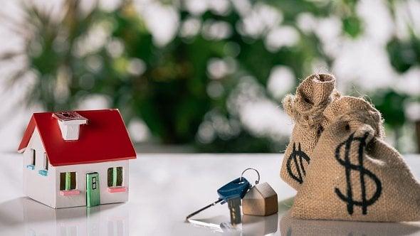Klienti Banky CREDITAS si mohou odložit splátky hypoték opůl roku