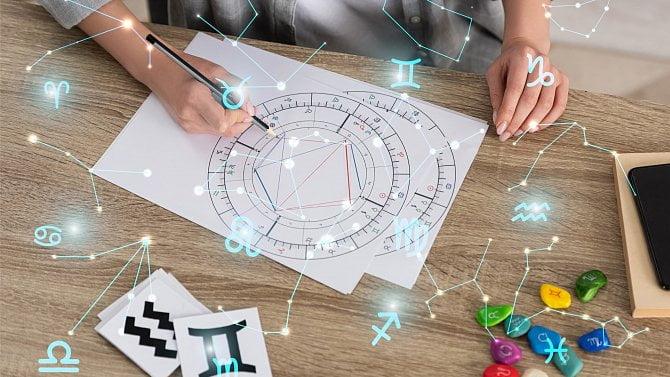 Podnikání podle karet a hvězd: Jak využít tajemno, ikdyž nejste čarodějnice?