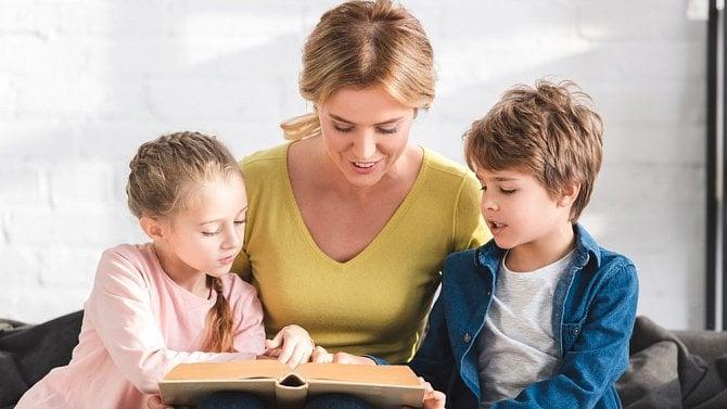 Ošetřovné pro rodiče při uzavření škol se spodzimem vrací