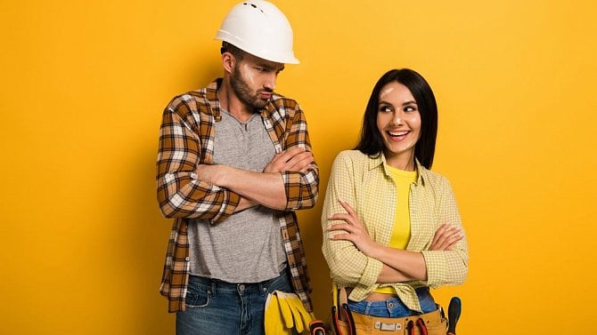Lze dát zaměstnanci výpověď, pokud nenosí předepsané pracovní oblečení?