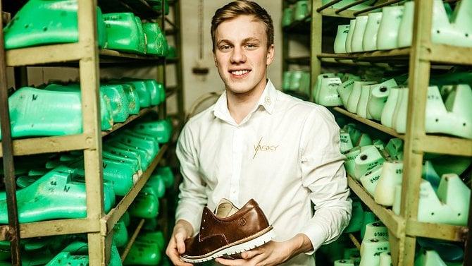Chce být největším výrobcem obuvi vČesku. Poznejte Václava Staňka a jeho Vasky