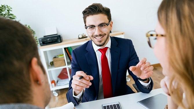 Láká vás práce obchodního zástupce? Cesta kpravidelnému příjmu dnes trvá roky