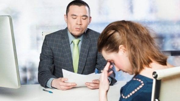 """""""Žijete sama, máte přítele?"""" Mohou takové otázky zaznít při přijímacím pohovoru?"""