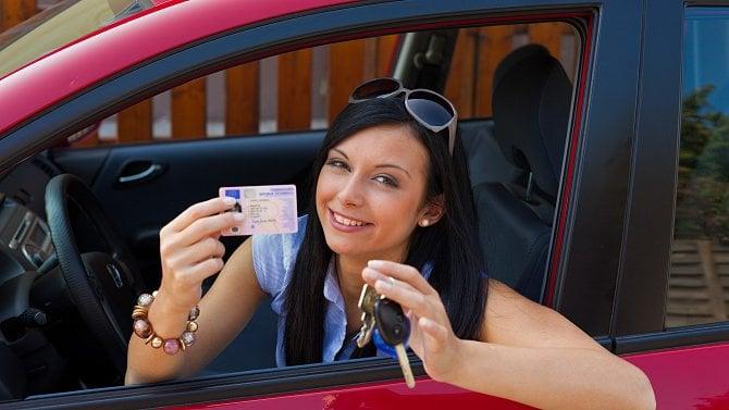 Máte propadlý řidičák? Nyní se tím nemusíte trápit