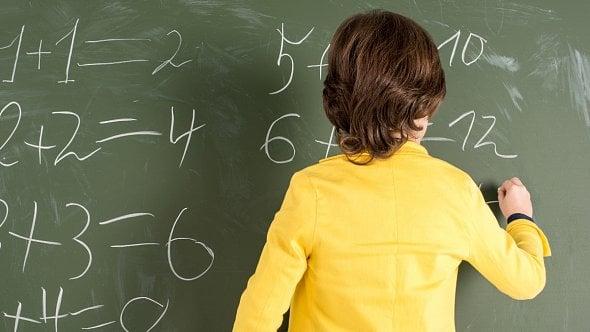 Školy pro nejmenší opět otevřely, jak vyplnit žádost oošetřovné za listopad?