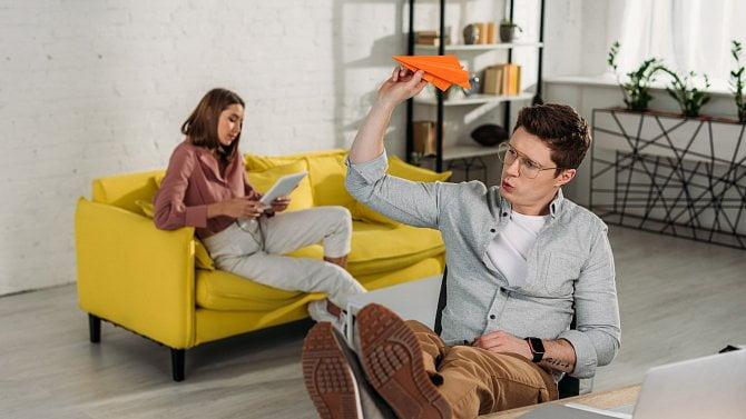 7tipů kpráci zdomova, abyste byli produktivní a nezabila vás rodina a rutina