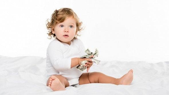 Alimenty můžete platit ipo celý život dítěte. Od čeho se odvíjí jejich výše?