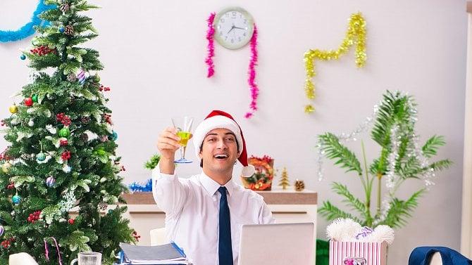 Vánoční večírky jsou letos jiné. Zábava ani odměna zaměstnanců nesmí chybět