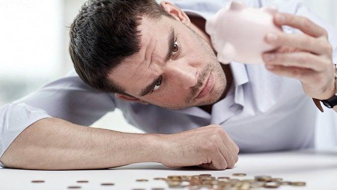 Prodlužuje se nouzový stav, prodlužuje se tak ivýplata kompenzačního bonusu