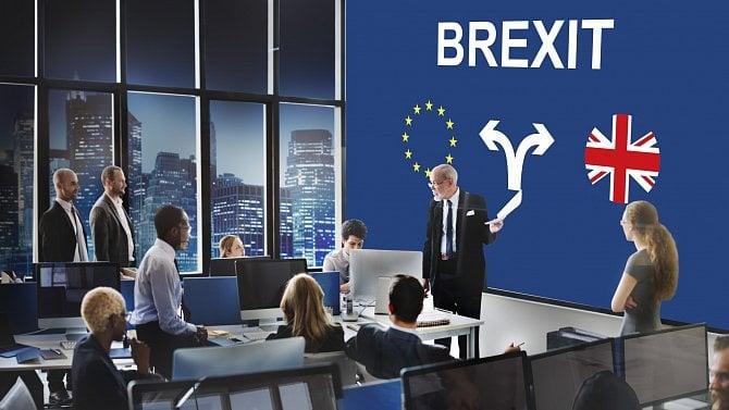 Co mění Brexit? Díky dohodě zatím nic zásadního