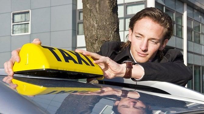 Mohou okompenzační bonus žádat také provozovatelé taxislužby?