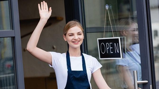 Zavření obchodů byla ekonomická šikana, otevřete je hned, chtějí podnikatelé