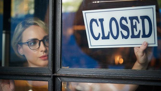 Ústavní soud zrušil restrikce obchodů a služeb, ty ale otevřít zatím nemohou