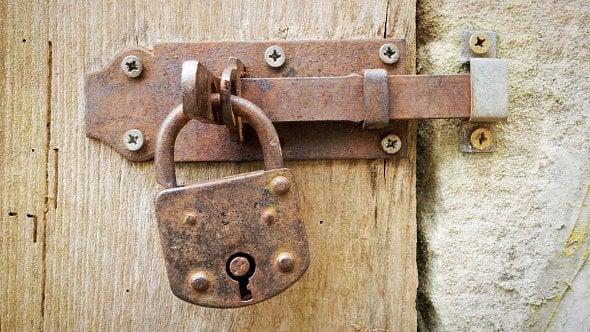 Likvidace právnických osob se zjednoduší, dvojí oznámení už nebude třeba