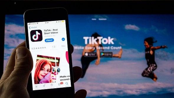 Znáte aplikaci TikTok? Nejde obonbon, ale opořádné sousto smiliony uživatelů