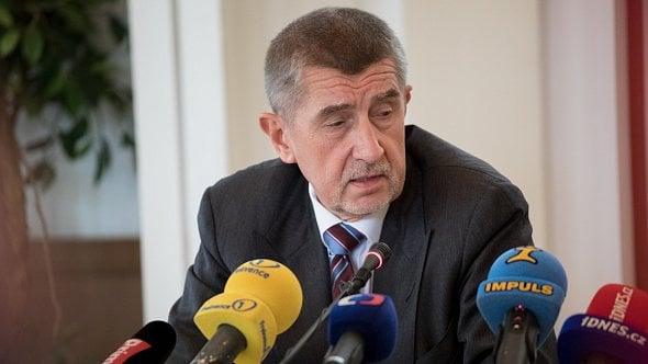 Babiš chce odpovědné zahraniční investory oceňovat karafou za 70tisíc korun