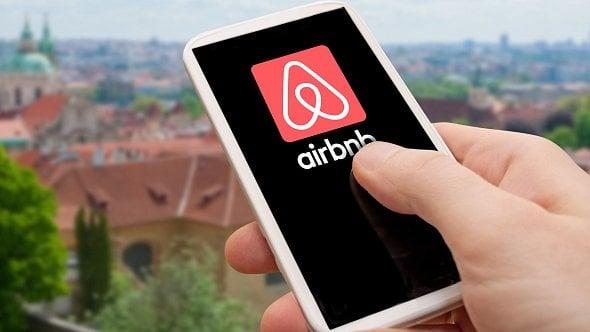Airbnb stále budí emoce a je zdrojem obav pro města iobčany