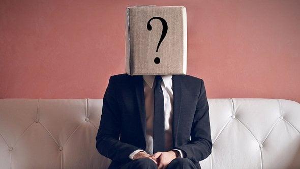 Propuštěný zaměstnanec dělá mrtvého brouka. Co se zápočtovým listem a ELDP?