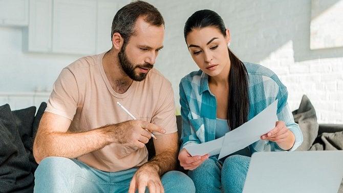 Kvyplnění daňového přiznání využijte interaktivní formulář nebo šablonu