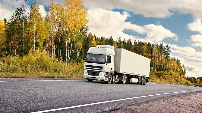 Polský kamión měl převážet brambory. Vchlaďáku ale vezl pašované cigarety