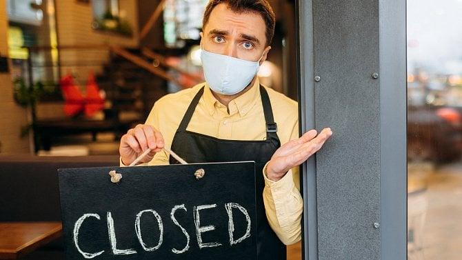 """Pandemie """"kosí"""" hlavně pohostinství a ubytování. Frčí byznys snemovitostmi"""