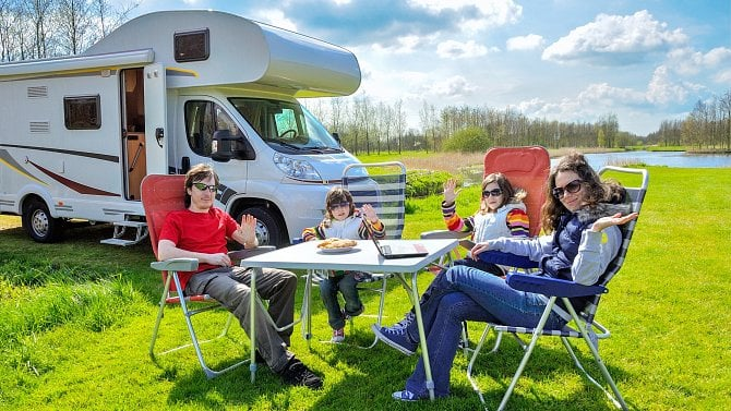 [aktualita] Byznysu s karavany se daří. Při jeho nákupu si však dejte pozor na podvodníky