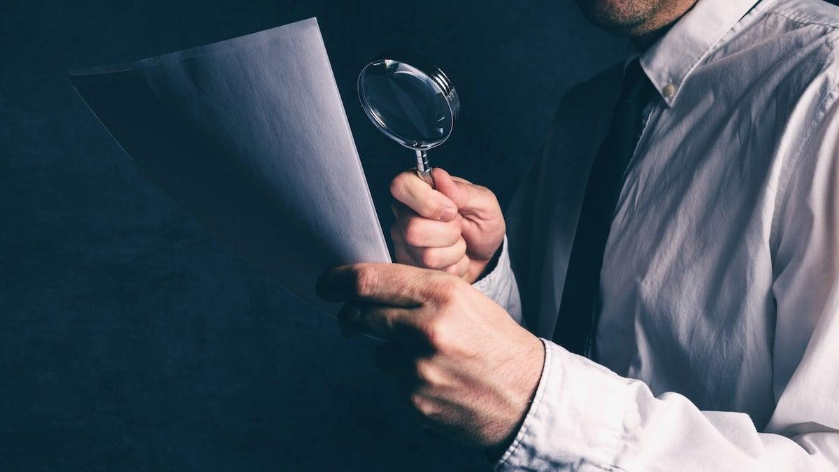 [aktualita] Ověřování listin do zahraničí budou od října dělat notáři