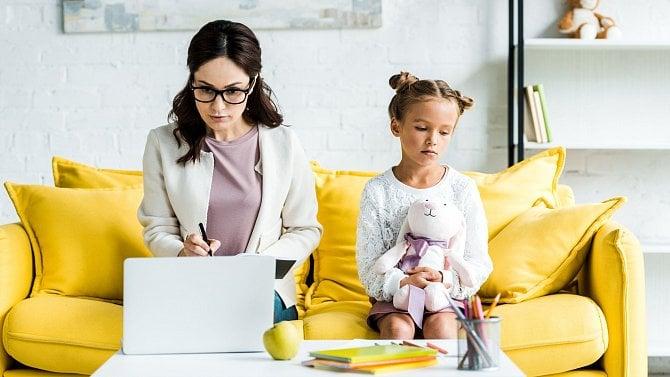Zaměstnavatel svámi po rodičovské už nepočítá? Smůla, počítat musí