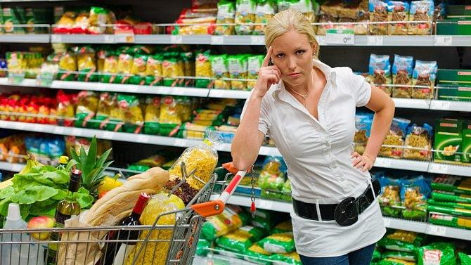 Jak moc zdraží potraviny? Oslovili jsme obchodní řetězce. Tady jsou odpovědi