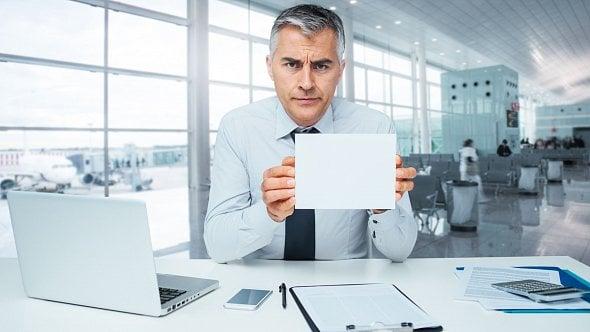 Ubylo podnikatelů ve finančních službách. Může za to zpřísnění zákona
