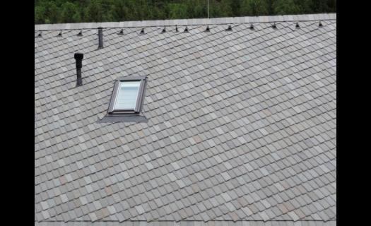 Pokládka břidlicové střechy, střešní krytina z přírodní břidlice Praha