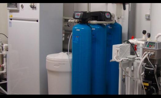 Odstranění mikroplastů z vodních zdrojů reverzní osmózou