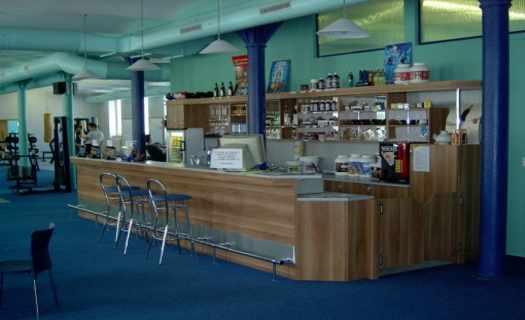 Kuchyňské linky, kancelářský nábytek, vybavení prodejen, zakázková stolařská výroba