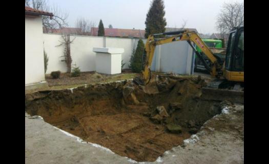 Zemní a výkopové práce i pokládka zámkové dlažby, chodníků