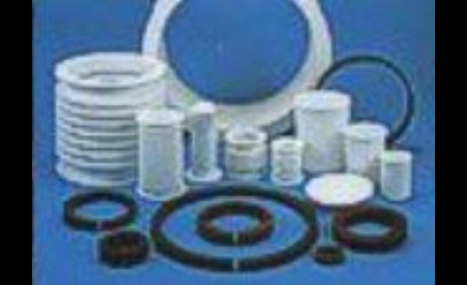 Technické plasty PE, PP, PA – lisované polotovary i hotové díly