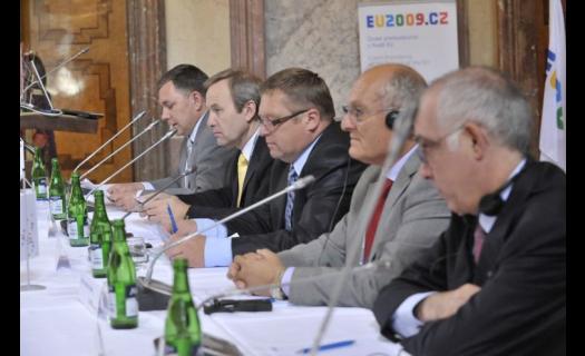 Ozvučení akcí Praha - kvalitní zvuk a tlumočnické služby na jednání