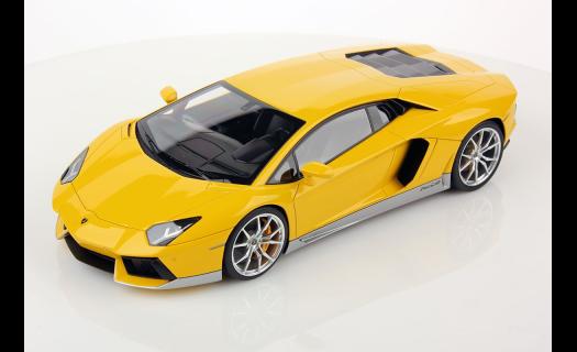 Luxusní modely automobilů prodej Praha – dokonalé propracování detailů