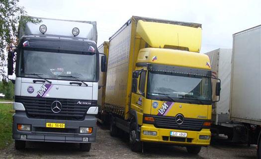 Vnitrostátní nákladní doprava a mezinárodní přeprava, do Polska a na Slovensko, opravy vozů